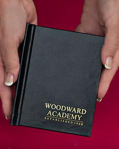 Woodward Academy Senior Portrait Pocket Portfolio   Warren Bond Photography