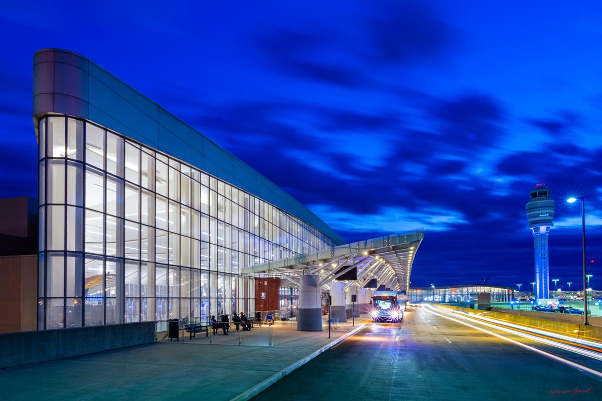 International Terminal at Hartsfield-Jackson Atlanta International Airport | Photography by Warren Bond Photography | Atlanta, Georgia